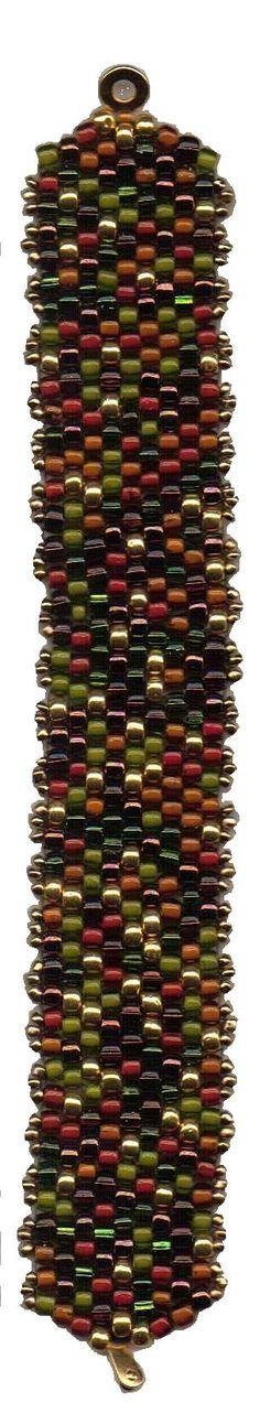 A simple peyote stitch bracelet with a Size 6 mix.
