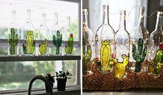 Garrafa de vidro com cactus!