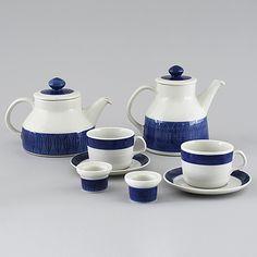 """""""Koka blå"""" by Hertha Bengtsson. Rörstrand 1956-1988. Kitchenware, Tableware, Bistros, Scandinavian Art, Fika, Kettles, Dinner Table, Dinnerware, Tea Party"""