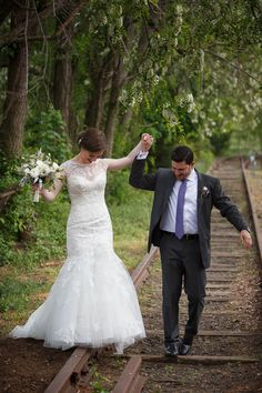 Wedding No. 369: Kelly  and  Nicolas at Inn at Lambertville Station in NJ - The Wiebners Photographers