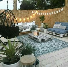 patio ideas diy * patio ideas + patio ideas on a budget + patio ideas on a budget backyard + patio ideas on a budget diy + patio ideas apartment + patio ideas decorating + patio ideas diy + patio ideas on a budget pavers Patio Garden Ideas On A Budget, Budget Patio, Backyard Patio Designs, Diy Patio, Backyard Landscaping, Boho Garden Ideas, Patio Decorating Ideas On A Budget, Garden Tips, Landscaping Ideas