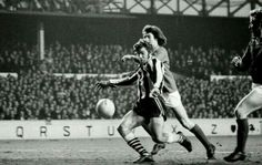 Newcastle 1 Nottm Forest 0 in March 1974 at Goodison Park. Malcolm MacDonald scores the only goal in the FA Cup 6th Round, 2nd Replay.