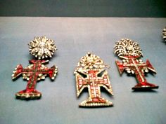 Templar crosses in Museu Nacional de Arte Antiga in #Lisbon: http://www.europealacarte.co.uk/blog/2012/05/21/museu-nacional-de-arte-antiga-lisbon/ #Portugal