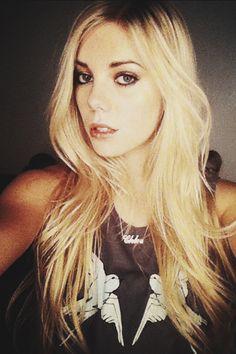 claire julien instagram - photo #5