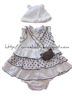 Baby Bear Dress with Cap and Pant    This fancy baby bear dress comes with cap and pant. Press the bear face and it will ring a cute sound :)     Item Code: BD0009S    Size: F  Age: 0-12 months  Color: Brown, Red    Price: $11