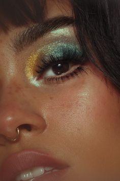 Makeup Looks Discover Lime Crime : Prelude Chroma Eyeshadow Palette Makeup Eye Looks, Eye Makeup Art, Eyeshadow Looks, Pretty Makeup, Makeup Inspo, Makeup Inspiration, Eyeshadow Palette, Makeup Tips, Hair Makeup