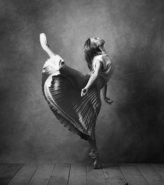 Calley Skalnik, The National Ballet of Canada - Photographer Karolina Kuras
