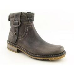 @Overstock - Bring some rugged flavor to your casual look with the Stoten ankle boot from Clarkshttp://www.overstock.com/Clothing-Shoes/Clarks-Originals-Mens-Stoten-Leather-Boots/7398537/product.html?CID=214117 CAD              131.72