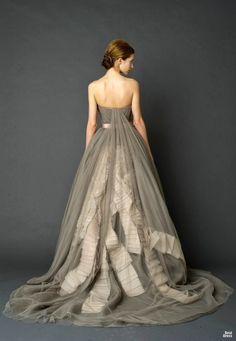 Beteau Tulle Watteau Train Ribbon Grey Designer Wedding Dresses 2012
