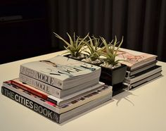 Coffee table knjige in revije