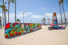 The best graffiti and street art we've seen in LA Places Around The World, Travel Around The World, Around The Worlds, Best Graffiti, Graffiti Wall, Boston Things To Do, Tourist Places, Luxury Travel, The Good Place