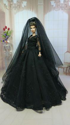 Crochet Barbie Patterns, Dress Outfits, Fashion Dresses, Christmas Barbie, Barbie Model, Barbie Wedding, Vintage Barbie Dolls, Barbie Clothes, Fashion Dolls