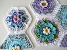 Pattern not available. Ravelry: Project Gallery for Frida's Flowers Blanket pattern by Jane Crowfoot Mode Crochet, Knit Or Crochet, Crochet Motif, Crochet Crafts, Crochet Flowers, Crochet Stitches, Crochet Projects, Crochet Granny, Crochet Blocks