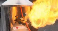 Gasheizstrahler Brand verhindern durch den Einsatz von Gas-Leck-Such-Mittel.