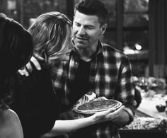 "holdingontoyoufordearlife: "" ""Bones - 11x08 - High Treason in the Holiday Season "" Can we talk about how so incredibly sweet and loving this is? Especially that little snuggle as it fades out. What I love so much about B&B is that they're a true,..."