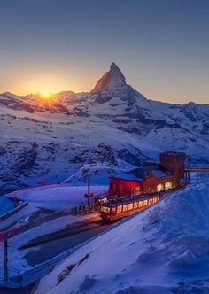 Світанок в Альпах