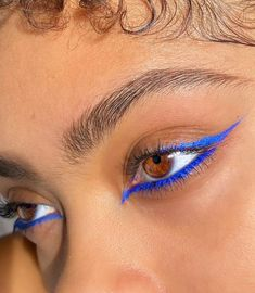 110 ultimate summer makeup trends that are hotter than the summer days – page 3 Edgy Makeup, Makeup Eye Looks, Creative Makeup Looks, Eye Makeup Art, Cute Makeup, Pretty Makeup, Skin Makeup, Doll Makeup, Blue Eyeliner Looks