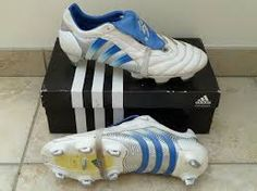 low priced 1f79f dfc81 adidas predator 1996
