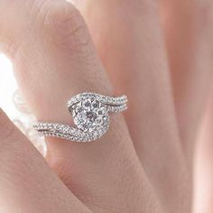 The path will twist and turn, follow your heart and you will find your way. Do you like the twist of this i Cherish™ bypass setting diamond bridal set?  i Cherish™ - IC17A07-IC17A07W