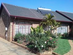 17 Properties and Homes For Sale in Karenpark, Akasia, Gauteng 3 Bedroom House, Home Buying, Beautiful Homes, Houses, Plants, House Of Beauty, Homes, Plant, House