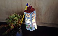 Laterne aus Milchkarton basteln - HANDMADE Kultur Make a lantern out of milk carton Recycled Crafts Kids, Easy Crafts, Diy And Crafts, Arts And Crafts, Christmas Games, Christmas Crafts, Diy For Kids, Crafts For Kids, Mother's Day Gift Baskets