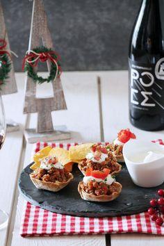 Xmas tastes Taco cups με κιμά και WineKingdom giveaway - The one with all the tastes Tacos, Xmas, Breakfast, Giveaway, Food, Morning Coffee, Christmas, Essen, Navidad