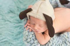 Ensaio de newborn, realizado em Alphaville. O melhor estúdio para fotografia Newborn da região. Ensaio de Newborn, Fotografia de recém-nascido, ensaio com bebês. Estúdio fotográfico. por Thais Thomazzoni, ensaio de newborn temáticos