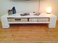 Tv bank europalette  Palettenmöbel Couchtisch 'Lounge I' versch. Farben | TVs, Room ...