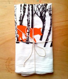 Fox kitchen towel. Is Fox the New Owl in Home Decorating? Could DIY this with some stamping and free handing on plain white towels.