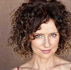 Long or short? Blond or red? There are so many cute curly hairstyles you can choose. And the best part of it is that curly hairstyles stand perfectly between elegance ad informality, fun and tradition. Are you thinking about a… Continue Reading →