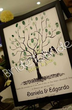 álbum de firmas con huellas / album de huellas / fingerprint / árbol de huellas / arbol para huellas / BrideToBride detalles de boda   www.facebook.com/BrideToBride.detallesdeboda
