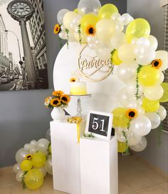 24th Birthday, Unicorn Birthday, First Birthday Parties, Birthday Party Themes, Girl Birthday, Sunflower Party, Birthday Balloon Decorations, Balloons, Baby Shower