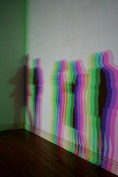 Olafur Eliasson, Slow Motion Shadow, 2009 (via referencescout. Glitch Art, Interactive Art, Interactive Exhibition, Interactive Installation, Olafur Eliasson, Shadow Art, Light Installation, Art Installations, Design Graphique