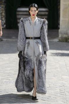 Défilé Ulyana Sergeenko Automne-hiver 2017-2018 Haute couture ...