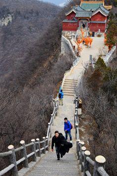 Tag 6 #Yuntaishan: Gleich geschafft! Die letzten von vielen vielen Stufen #Henan
