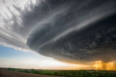 Amazing Storm Photography by Mike Hollingshead