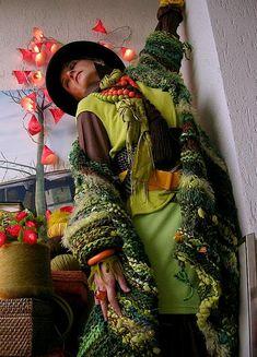 Оранжевая женщина - Mizzie Morawez