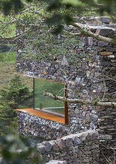 architecture - A modern retreat on the Isle of Man blends seamlessly with its rural context Architecture Today, Architecture Details, Landscape Architecture, Dry Stone, Brick And Stone, Casa Top, Hillside House, Villa, Rural Retreats