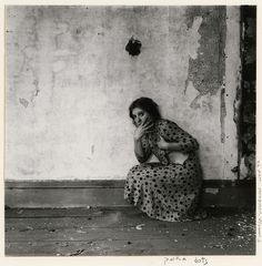 January 19th 2012 was the 30th anniversary of the death of artist Francesca Woodman, who committed suicide at age 22. If you're lucky enough to live in sf or should you find yourself there soon, there is currently a large retrospective of her work at the sfmoma. It will also be traveling to nyc next.
