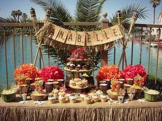Decoração de Festa Havaiana como organizar Aloha Vintage, Vintage Beach Party, Vintage Hawaiian, Vintage Food, Hawaiian Theme, Hawaiian Luau Party, Hawaiian Birthday, Aloha Party, Luau Birthday