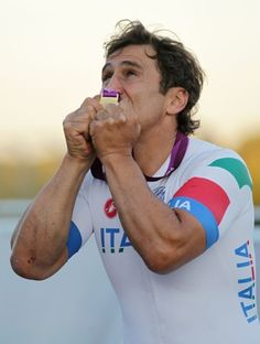 Ex-Formula One driver Alex Zanardi has bittersweet end to Paralympics