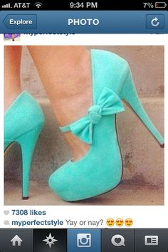 MINT KNOTTED BOW PUMPS