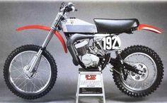 Vintage Hodaka 125cc Super Combat Motorcycle... Classic AHRMA Dirt Bike...