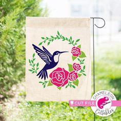 Hummingbird with Roses, Flower Circle, Shirt Design, SVG File for Cutting Machines, Silhouette Cameo T Shirt Designs, Monogram Frame, Monogram Fonts, Silhouette Cameo, Stencils For Wood Signs, Flower Circle, Spring Shirts, Garden Flags, Vector Design