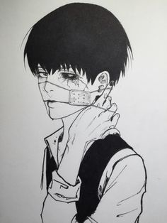 Kaneki, is it just me or do you think Ken looks a little like Levi in this ??
