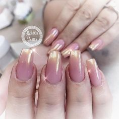 "33 Likes, 1 Comments - Bui808 Nails (@bui808_nails) on Instagram: ""Pink and gold chrome ombre #nailmagazine #nailpro #uglyducklingnails #glitternails #allpowder…"""