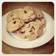 chocolate pretzel peanut butter cookies