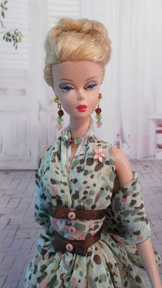Silkstone Barbie | Clothes by Mary ~ Original design & pattern by 'fanfare1901' | 15 April 2015