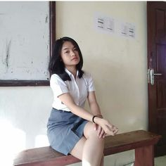 Girl in Uniform 😘 School Uniform Girls, Girls Uniforms, High School Girls, Sexy Asian Girls, Beautiful Asian Girls, Indian Girls, Cute Young Girl, Cute Girls, Indonesian Girls