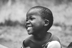 kind of resembles my sweet little Maria in Uganda We Are The World, People Around The World, Around The Worlds, Precious Children, Beautiful Children, Smile Face, Your Smile, Beautiful Smile, Beautiful People
